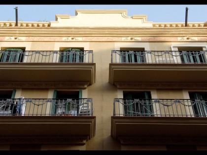 C/ Cabanes, 21. Barcelona